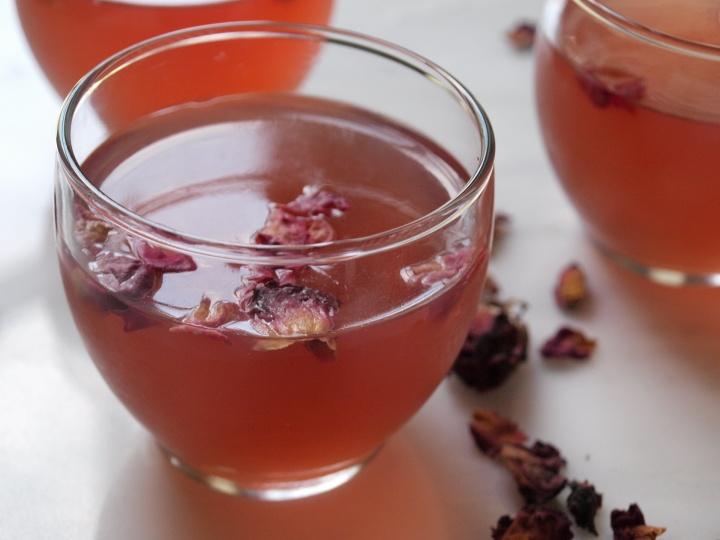 rose-tea-jelly