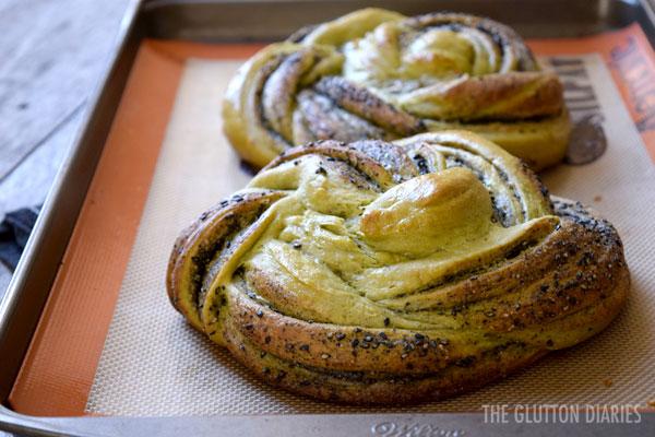 matcha-swirl-bread-3